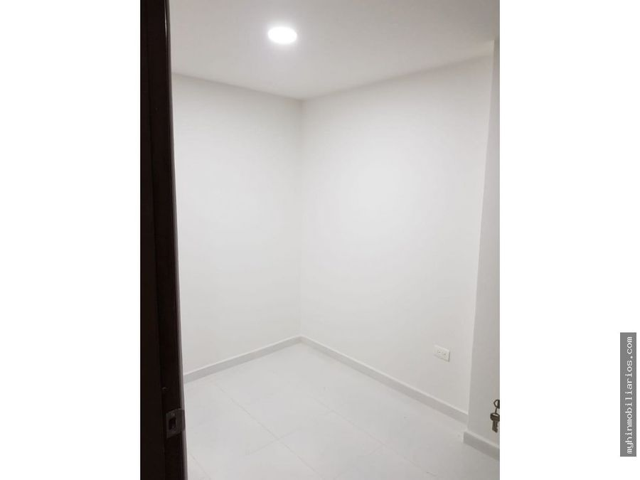 vendo hermoso apartamento tercer piso en cabanas