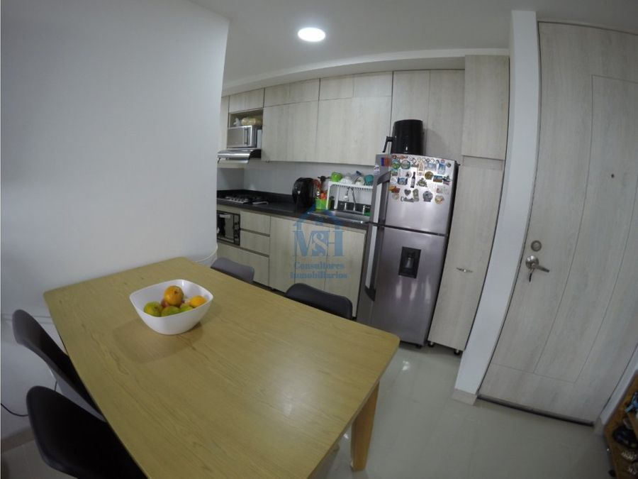 apartamento con parqueadero en venta 76m2 trianon envigado ant