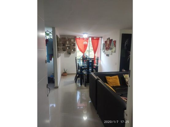 vendo apartamento piso 20 area 54 m2 bello