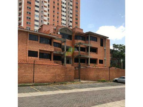 apartamento duplex en los mangos valencia edo carabobo