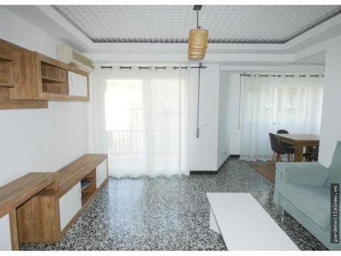 alquiler anual coqueto piso en el centro de denia