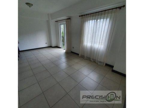 apartamento con jardin en alquiler zona 16 condominio canada 16