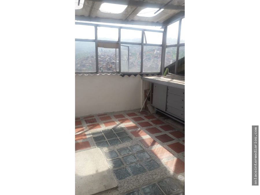 se vende casa sector asuncion