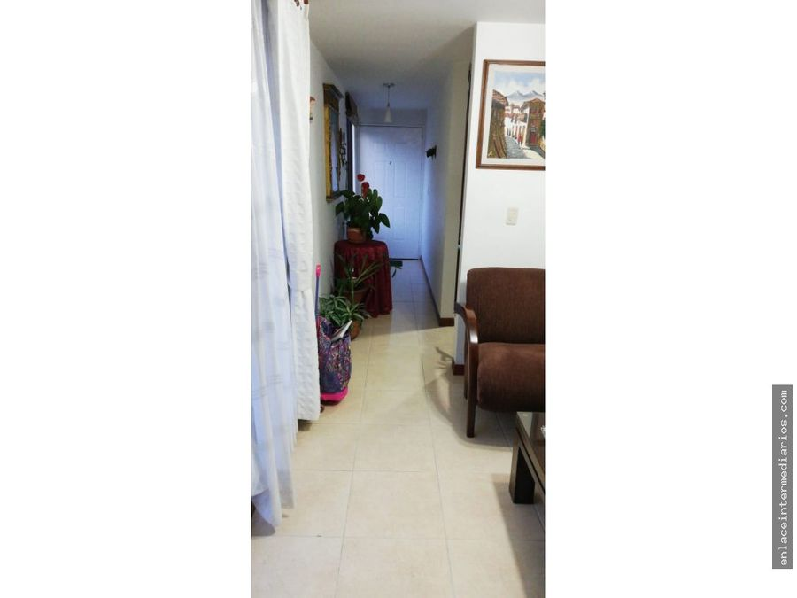 se vende apartamento sector laureles