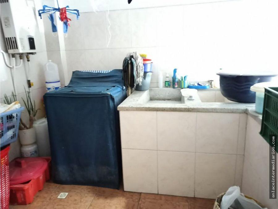 se vende casa en el barrio belen