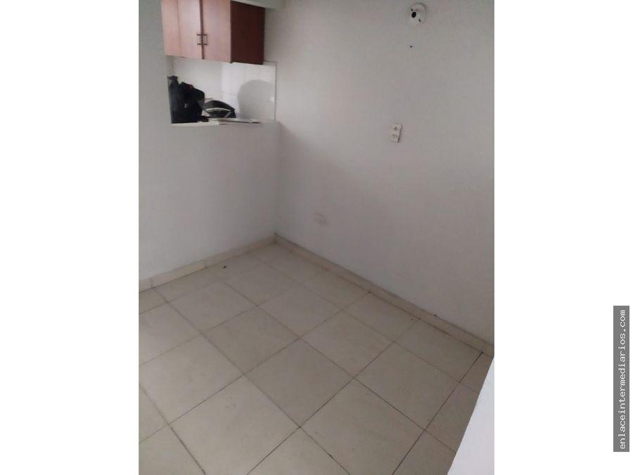se arrienda apartamento en arrayanes