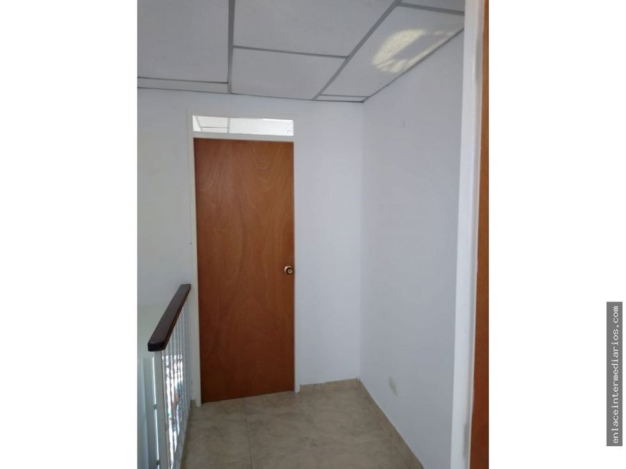 se vende casa sector puertas del sol