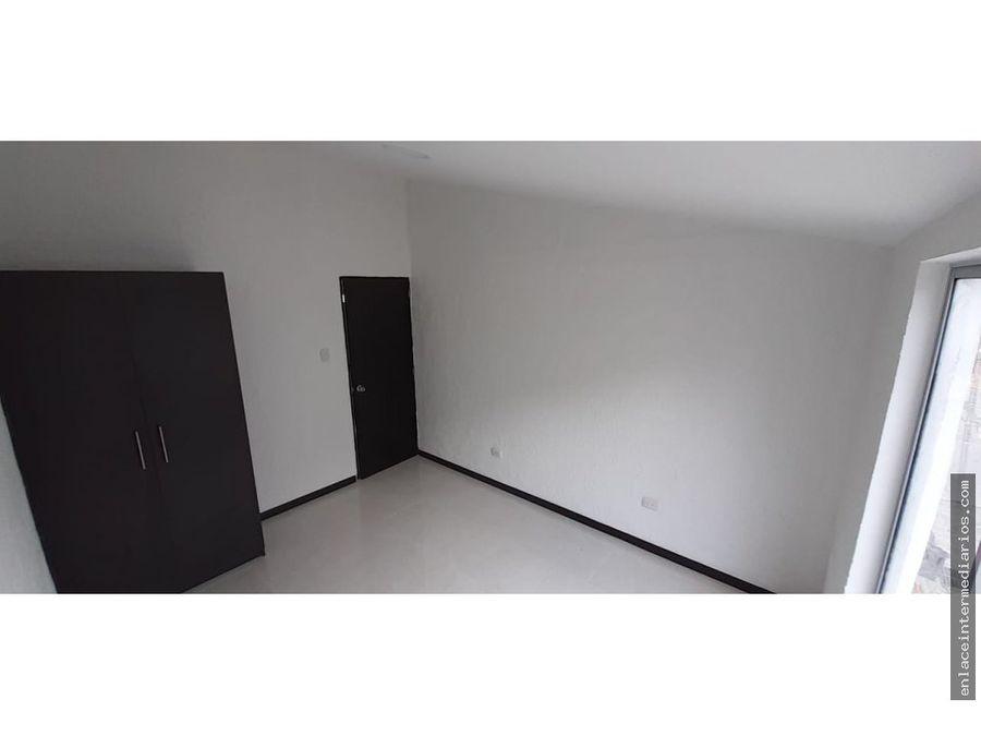 venta casa para estrenar con renta en la carola