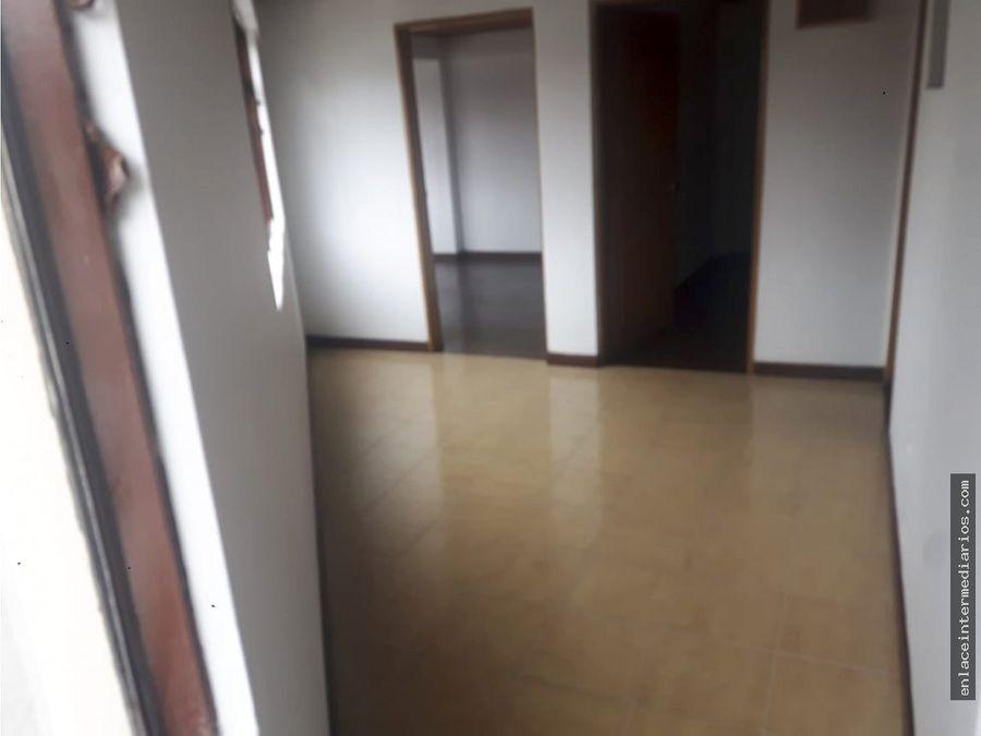 se arrienda apartamento sector centro