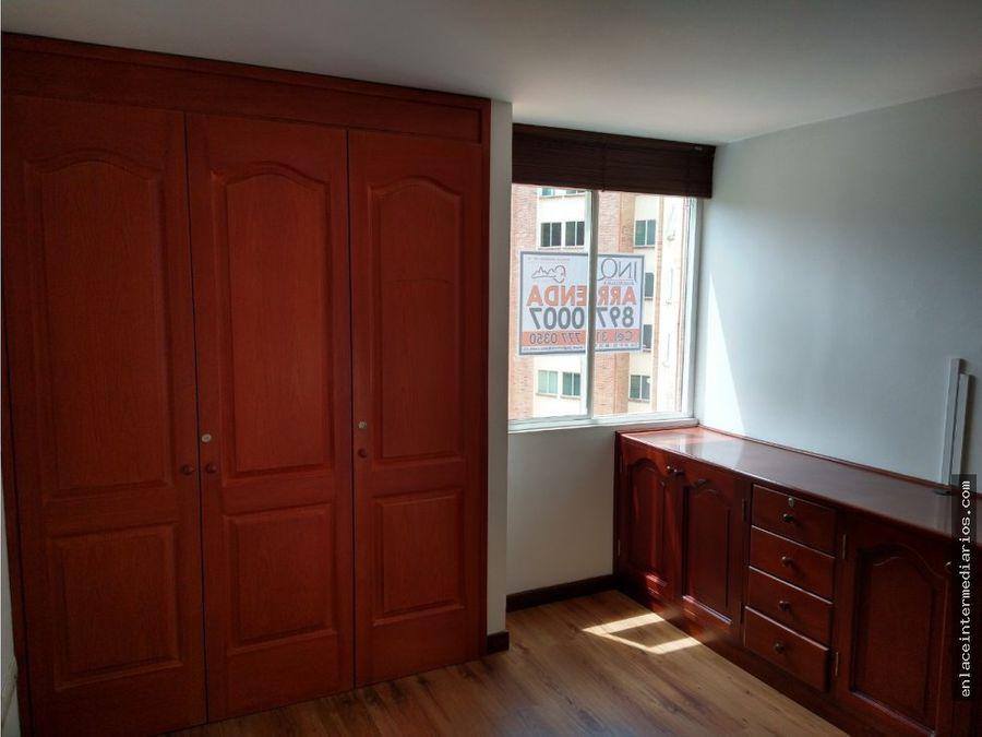 se arrienda apartamento duplex sector batallon