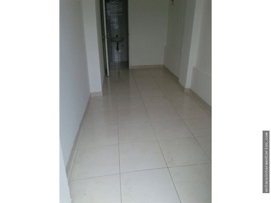 local 10 m2 barrio fatima