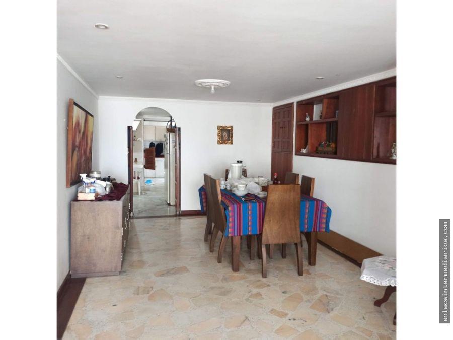 se vende apartamento amplio en palermo