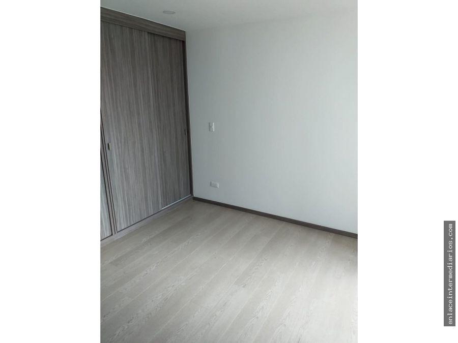 se arrienda apartamento en expoferias