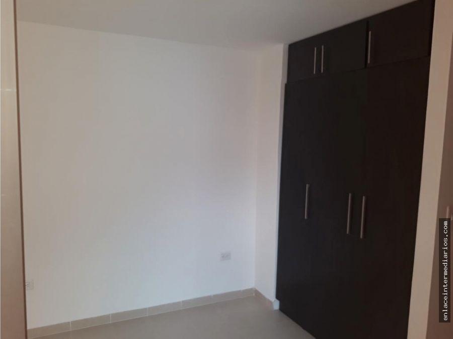 se vende amplio apartamento en los nogales