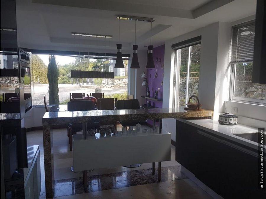 se vende casa campestre sector alhambra