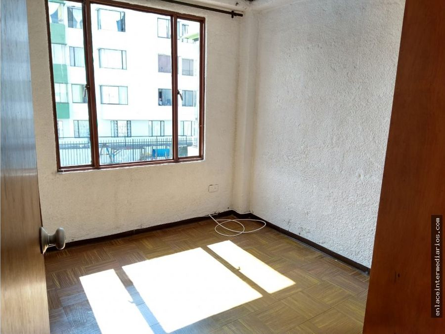 se arrienda apartamento en villa pilar