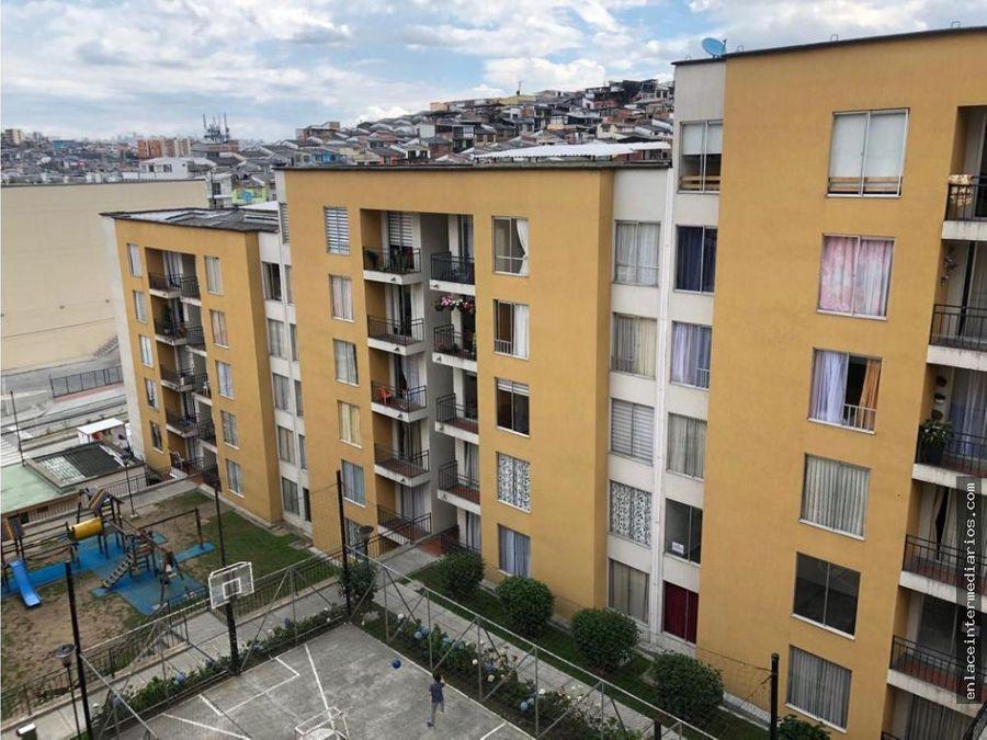se vende apartamento sector la carola