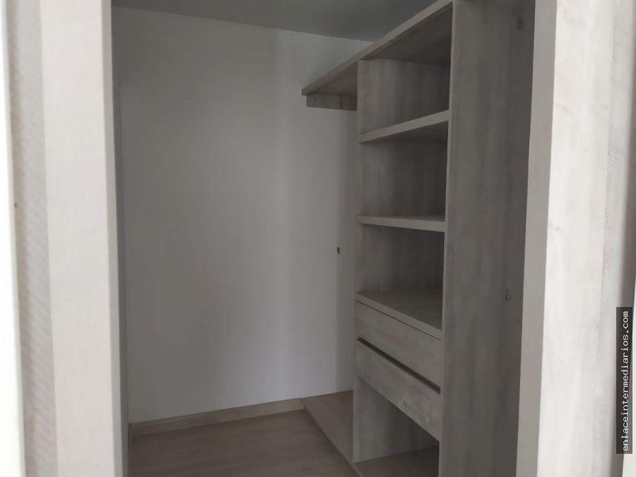 se vende apartamento paseo del bosque