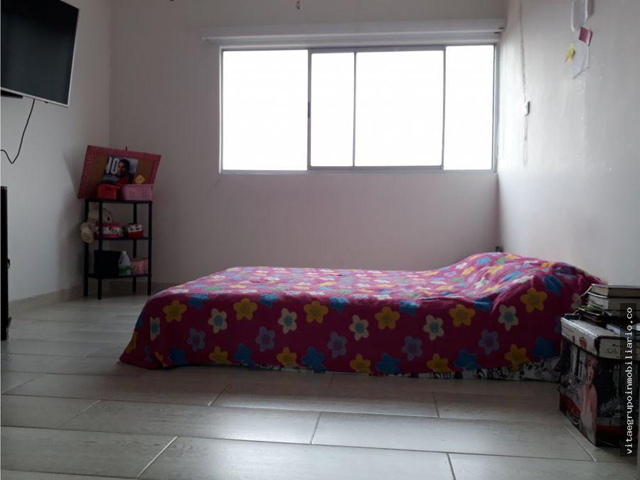 venta de apartamento duplex en niquia bello