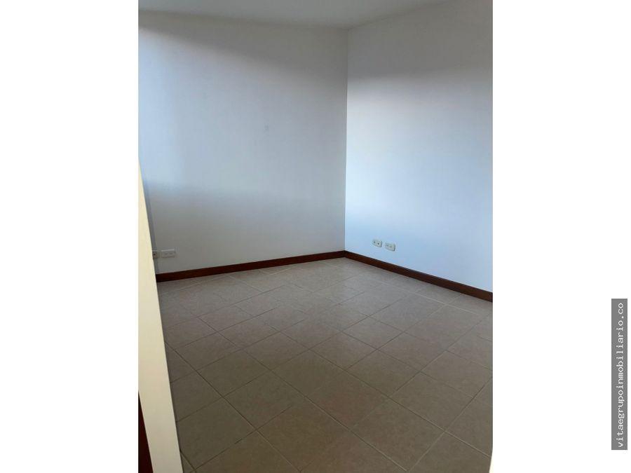 venta de apartamento en prados de sabaneta