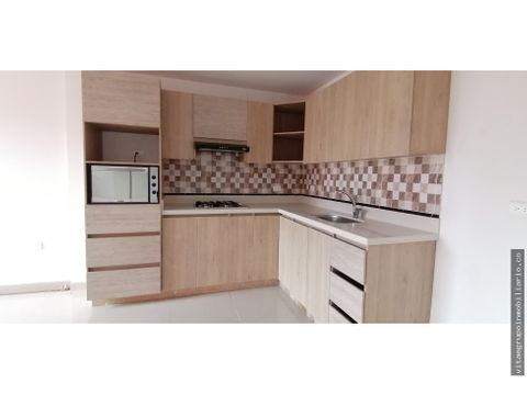 venta de amplio apartamento en cabanitas