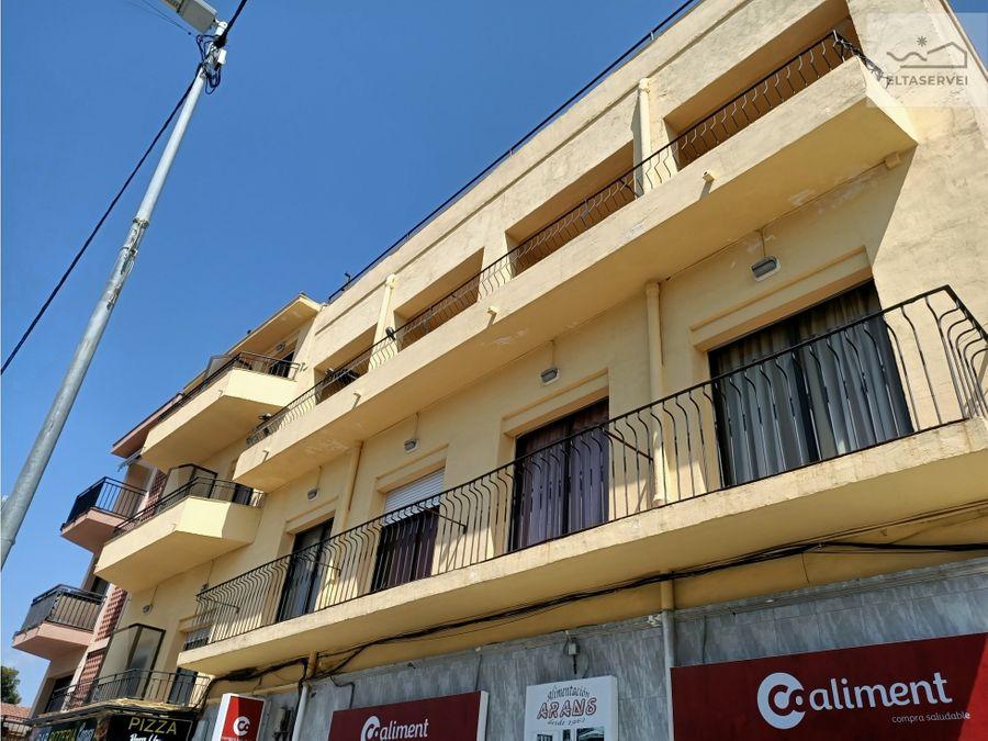 edificio hotelero en castelldefels