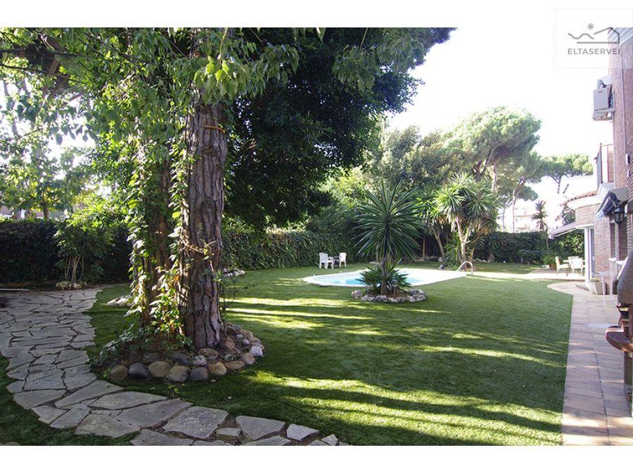 casa con piscina en la pineda castelldefels