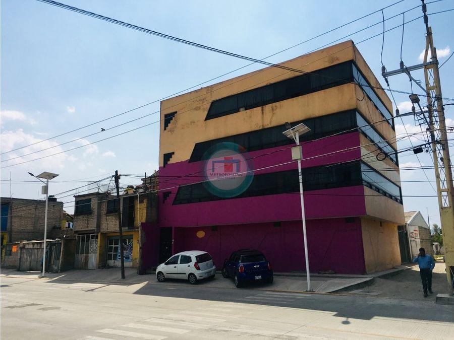 venta de edificio en toluca sobre via principal