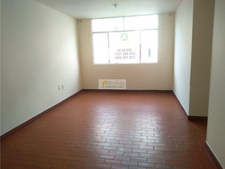 bucarica sector 18 piso 4