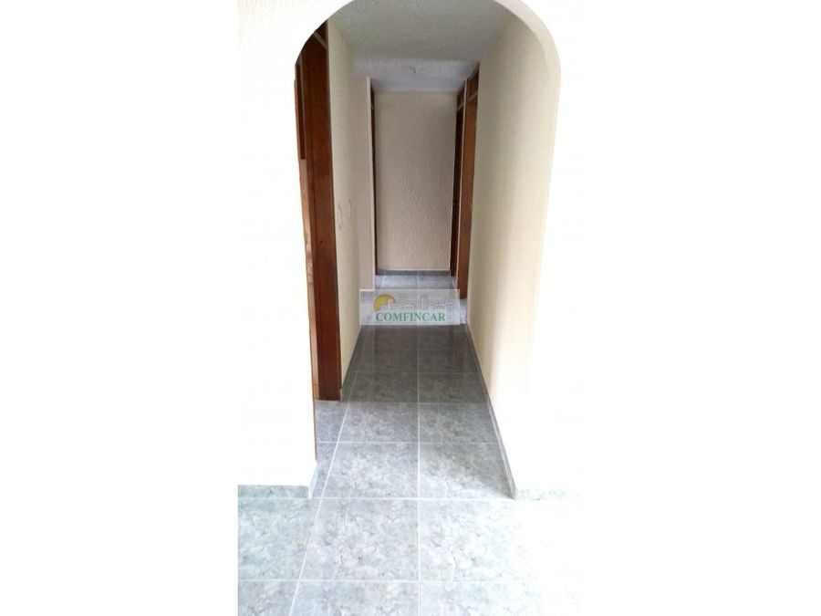 bucarica sector 18 quinto piso