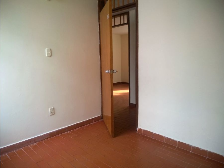 sector 18 piso 4