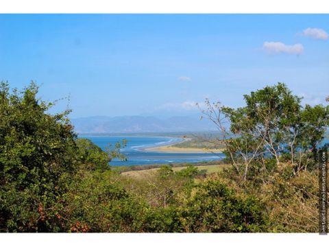 vendo lote terreno con excelente vista en colina hacia el oceano