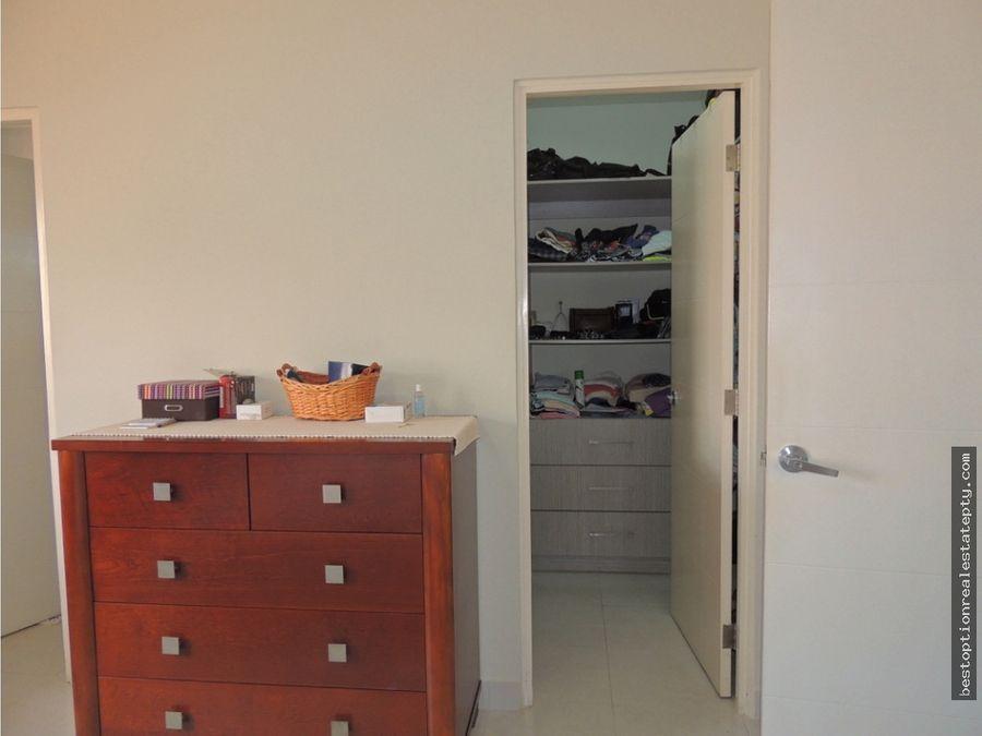 alquiler casa modelo lyon 256m2 versalles urb cerrada amoblada