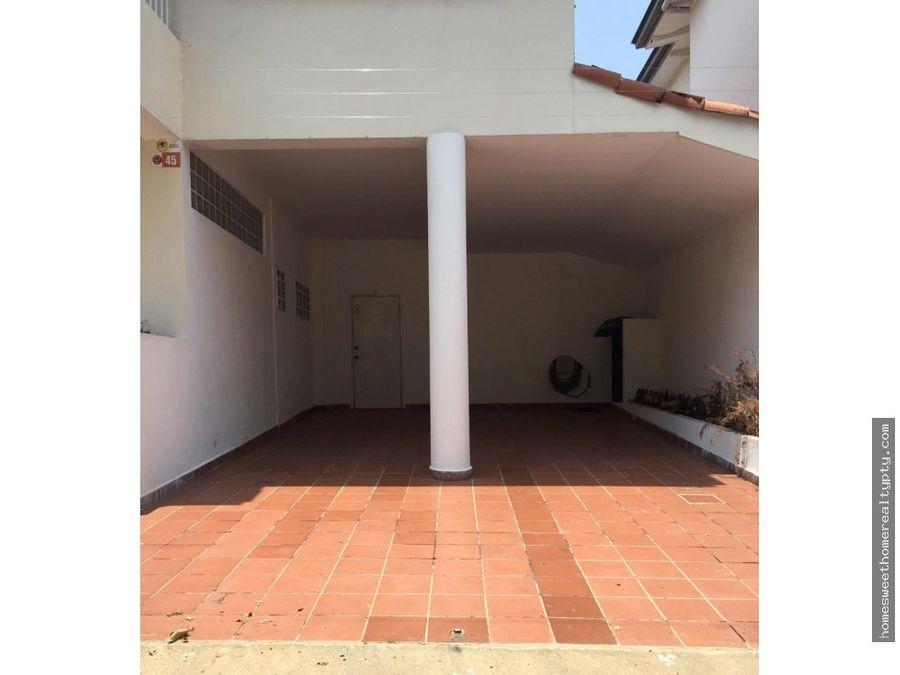 oferta vendo moderna casa en la alameda