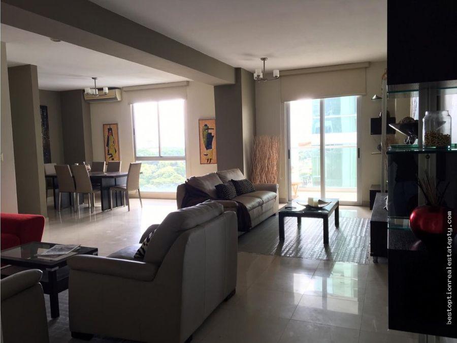 alquilo apartamento en san francisco 2 recamaras amoblado 145m2