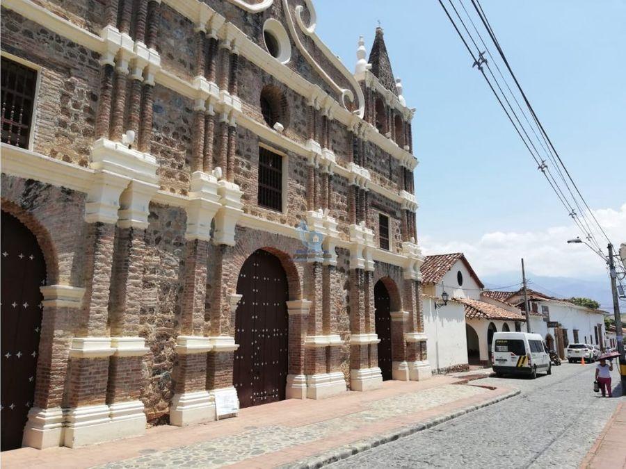 venta hotel en santafe de antioquia