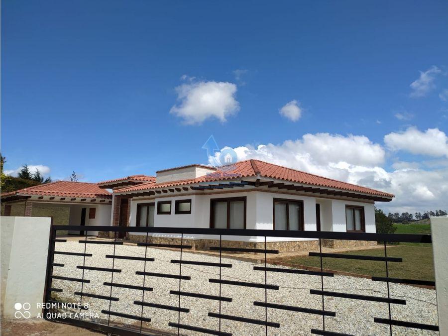 casa a la venta en el carmen de viboral