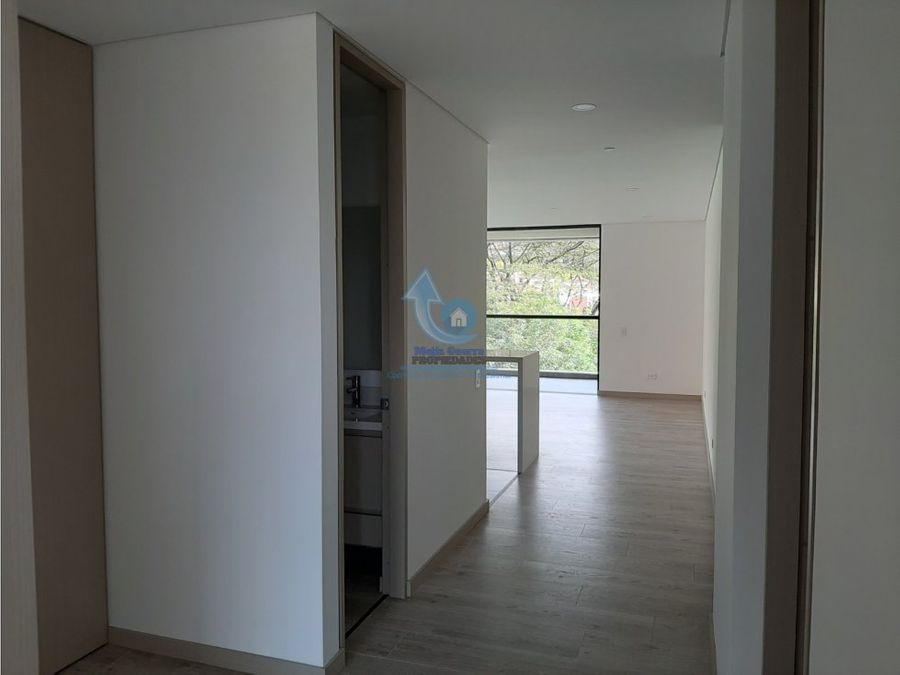 venta apartamento en el poblado sector yerbabuena