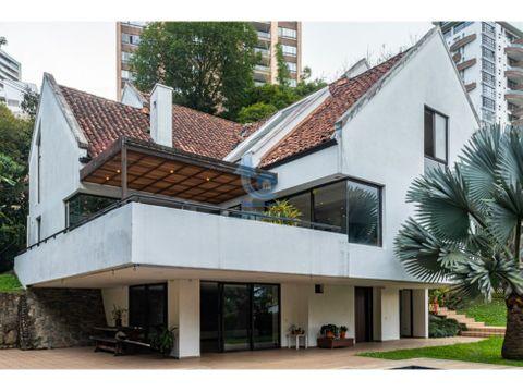 venta casa transversal inferior medellin espectacular