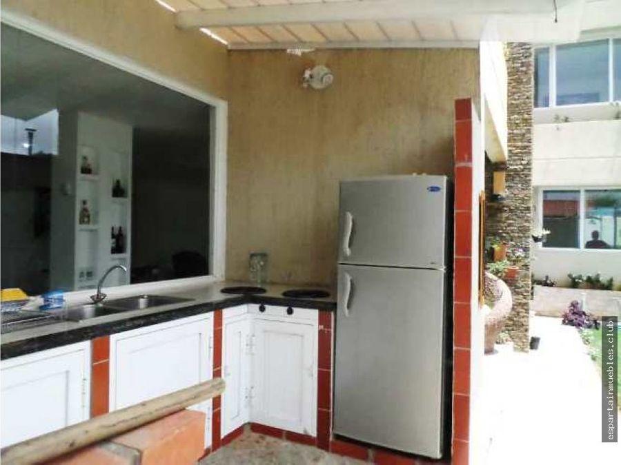 town house moderno venta margarita