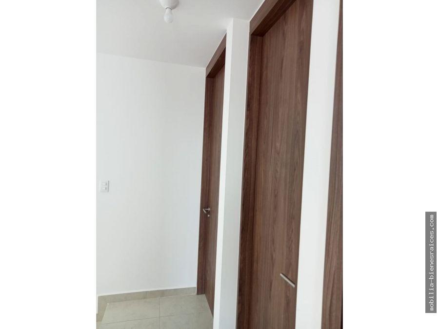 renta casa en privada 2 niveles 10500 cond orion zakia