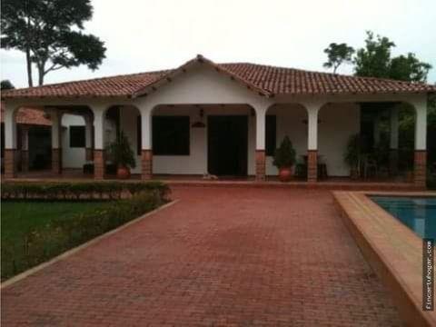 venta casa campestre en villavicencio meta