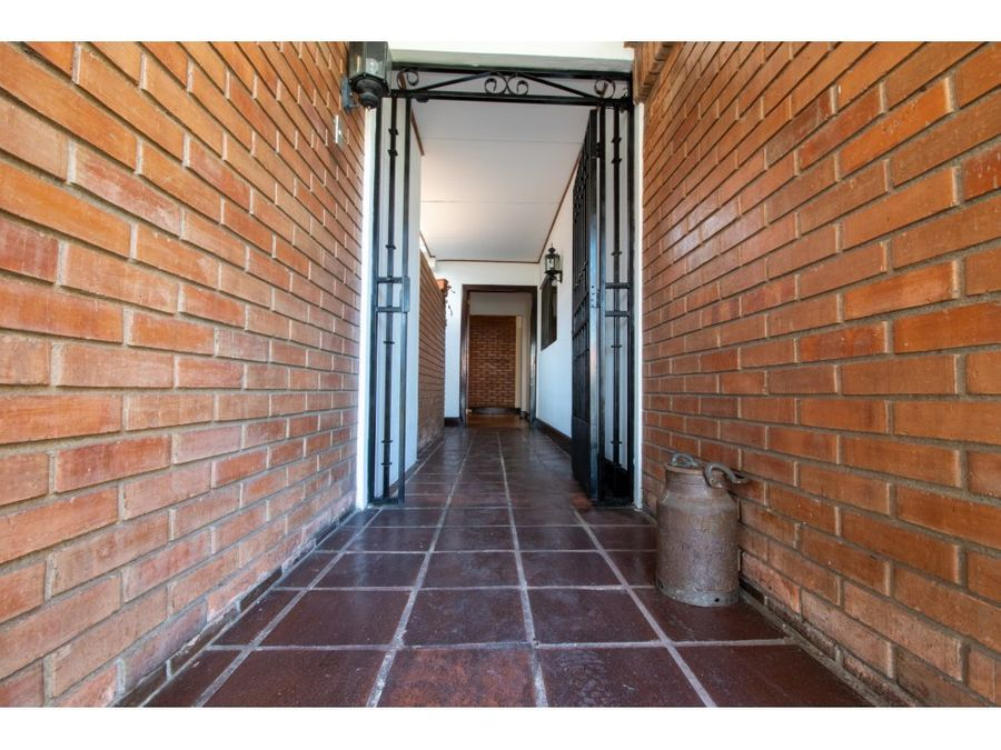 for rent la rosa house