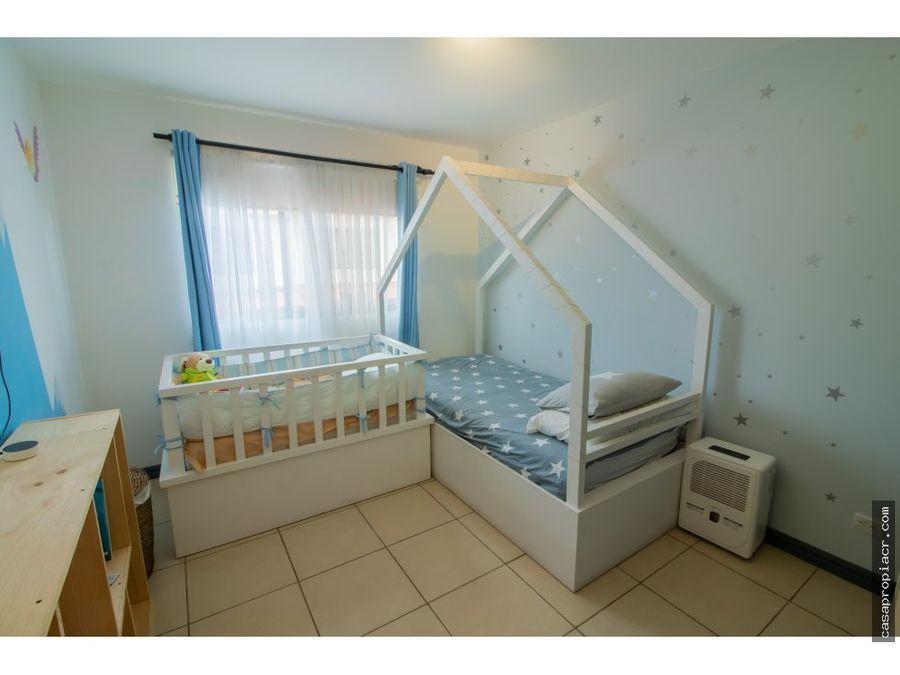 casa en condominio hacienda sacramento 179000 negociable