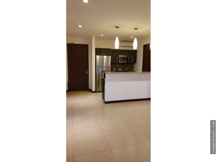 apartamento en alquiler en exclusivo condominio en escazu