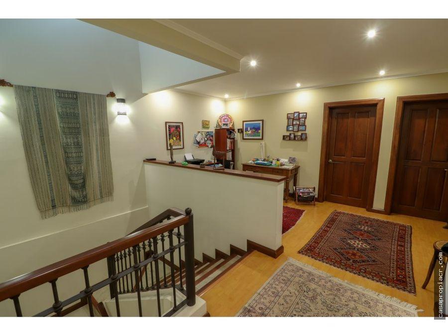 la casa con estilo encantador se vende escazu