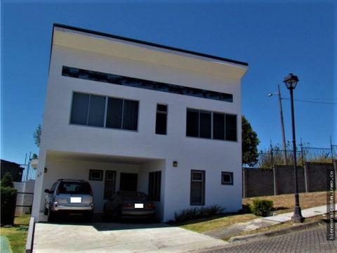 casa en condominio tierras de santiago