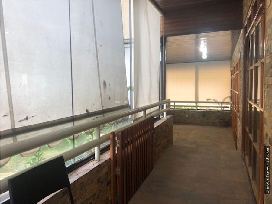 apartamento en urb terrazas del avila