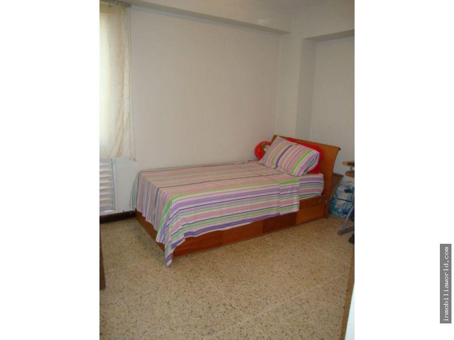 se alquila apartamento en la boyera