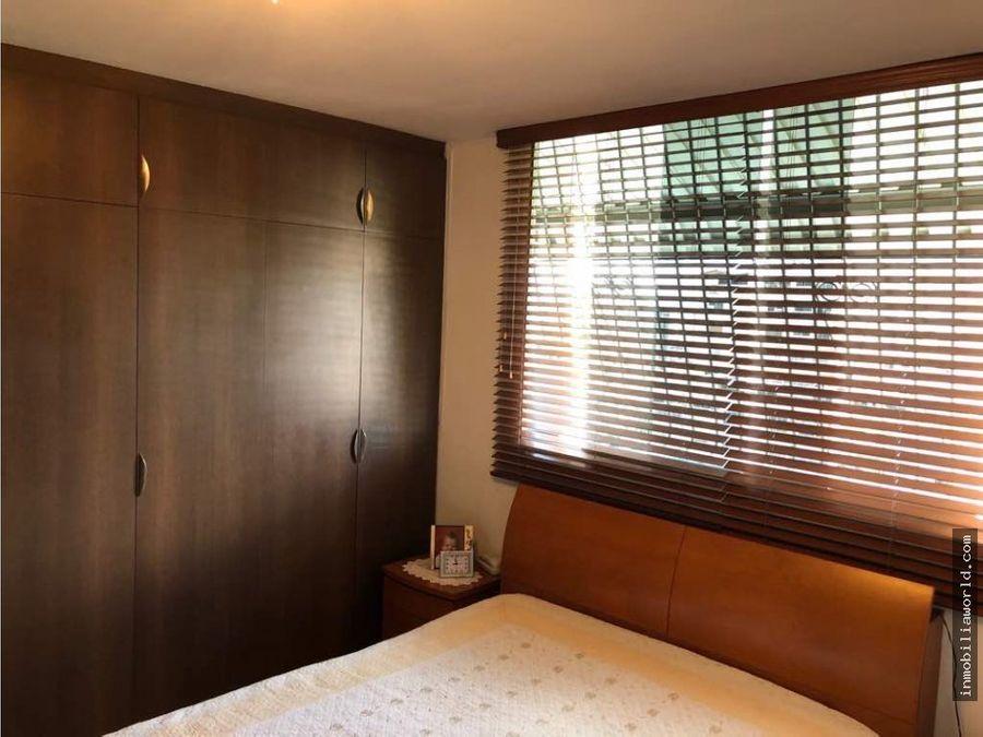 bello y actualizado apartamento en las palmas